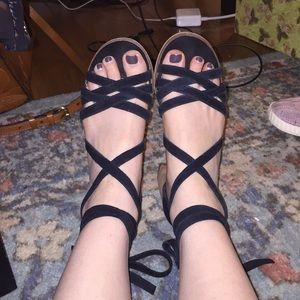 Steve Madden Black Lace Up Block Heel Sandal